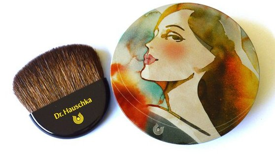 Limited-edition-Dr.-Hauschka-Bronzing-Powder Biomazing